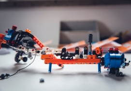 LEGO EDUCATION - ÕPPIDES LÄBI PÕNEVA MÄNGU