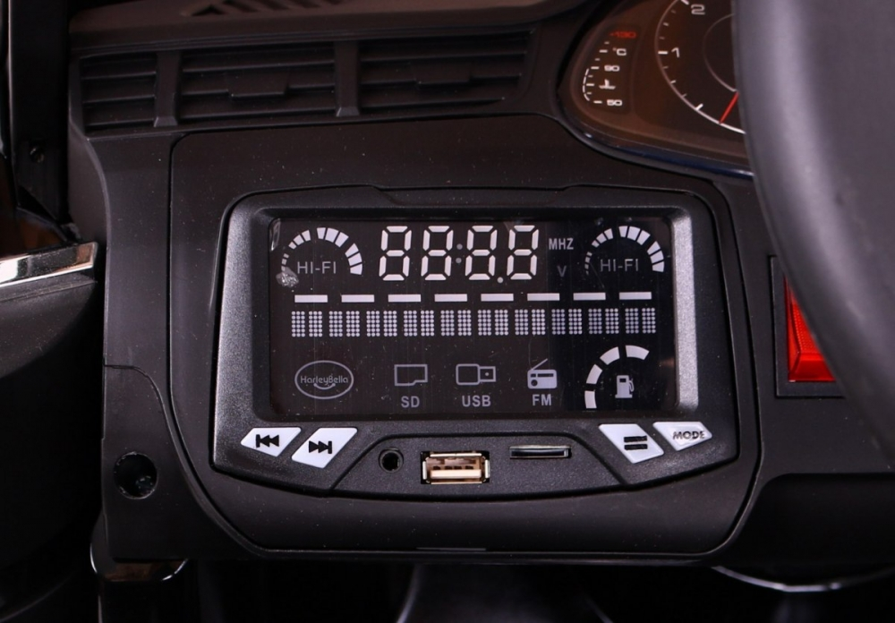AUDI Q7 laste elektriauto 2.4G – Must