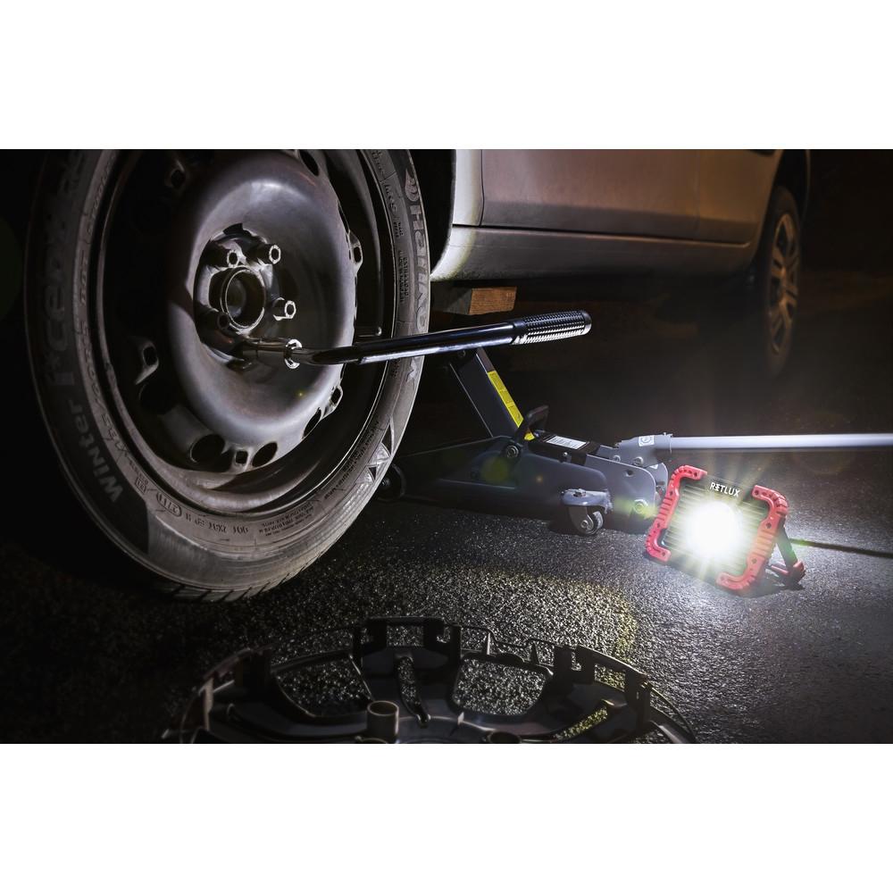 LED prožektor Retlux RSL242 10W, patareitoide
