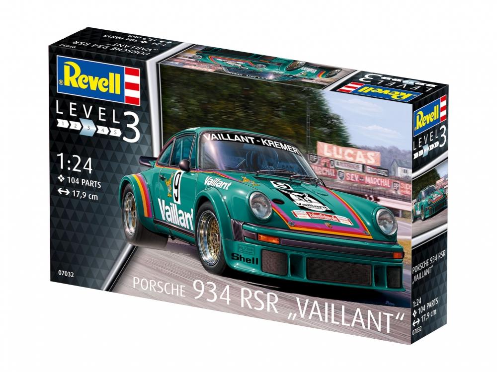 Revell Porsche 934 RSR Vaillant 1:24